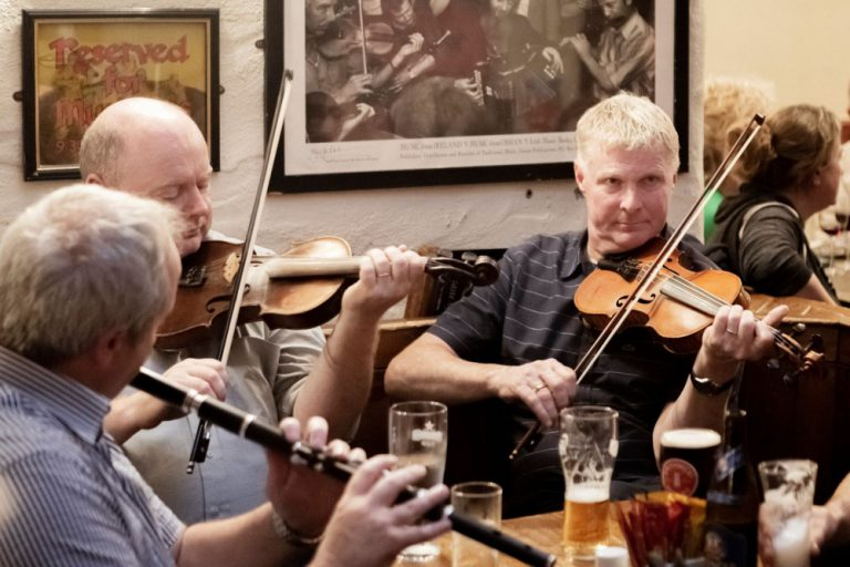 Gus O'Connor's Pub - Irish Traditional Music Pub in Doolin, Co. Clare - Wild Atlantic Way