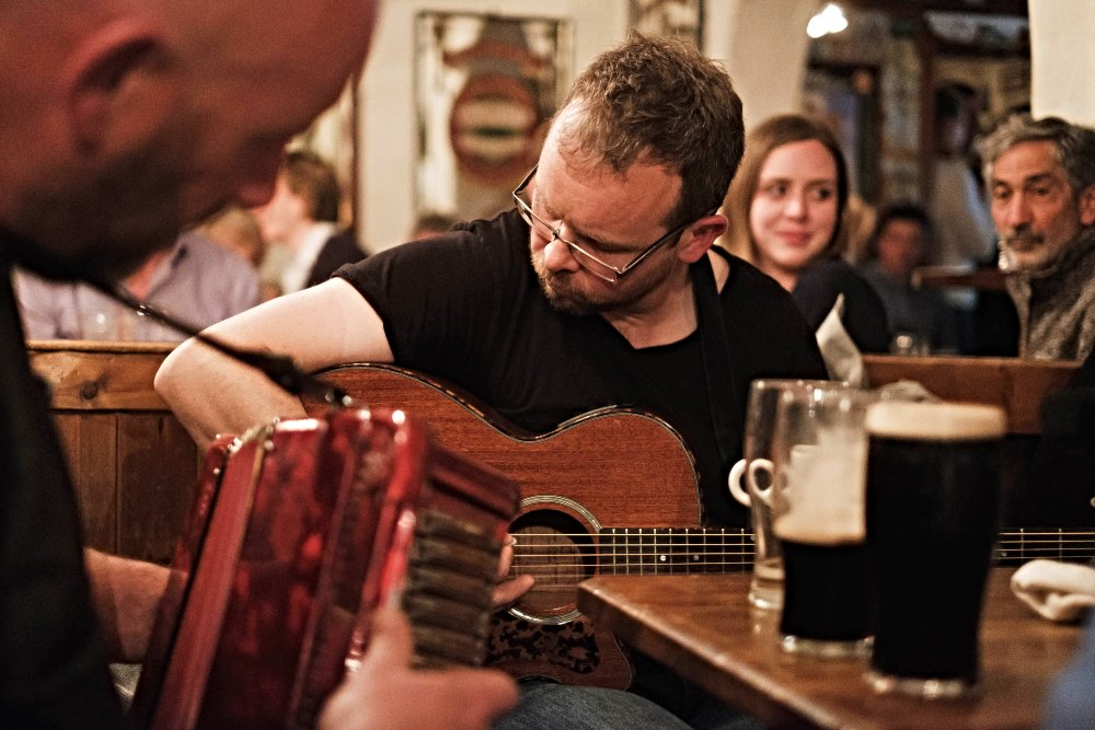 Gus O'Connor's Pub - Irish Traditional Music Pub in Doolin, Co. Clare