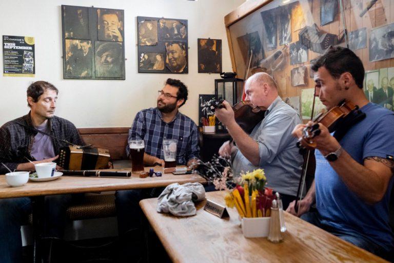 Gus O'Connor's Pub Doolin co. Clare - Irish Traditional Music Pub on Ireland's Wild Atlantic Way