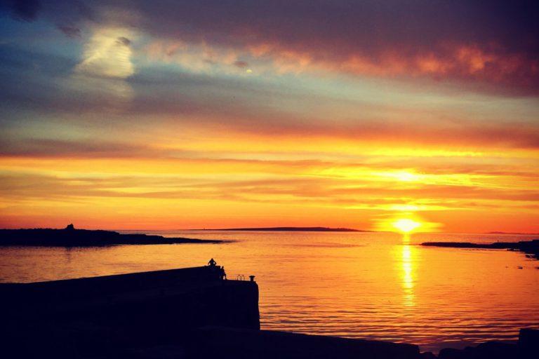 Gus O'Connor's Pub Doolin co. Clare - Irish Traditional Music Pub on Ireland's Wild Atlantic Way Doolin Pier Sunset