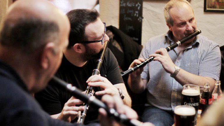 Irish Traditional Music Session - Gus O'Connor's Pub - Doolin Co. Clare